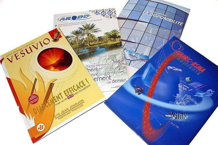 Plaquettes industrie - Franck Perrot Design - Apicom - Zoé Communication - Graphisme